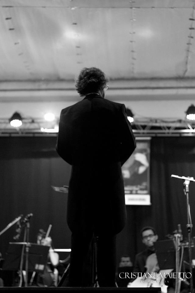 maestro orquestra sinfonica jovem lins