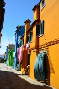 casas colridas pescadores burano itália