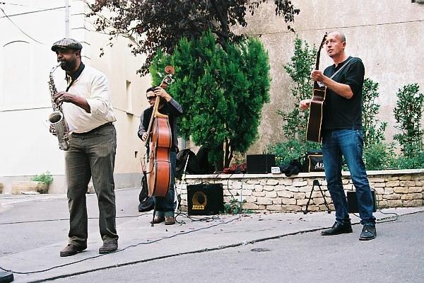 Os cantores de L'Isle-sur-le-Sorgue