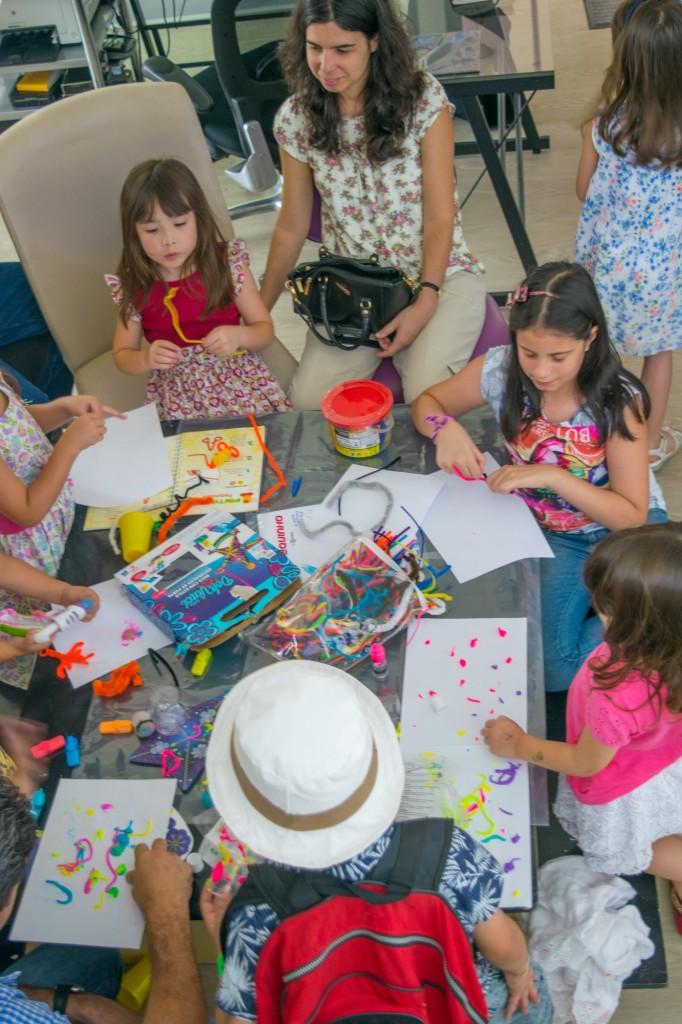 estação de artes crianças desenho brincadeiras aniversário em casa
