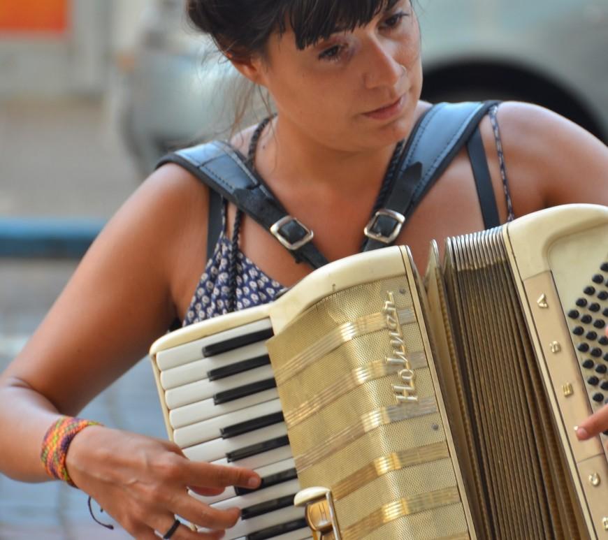 acordeão acordeonista música de rua