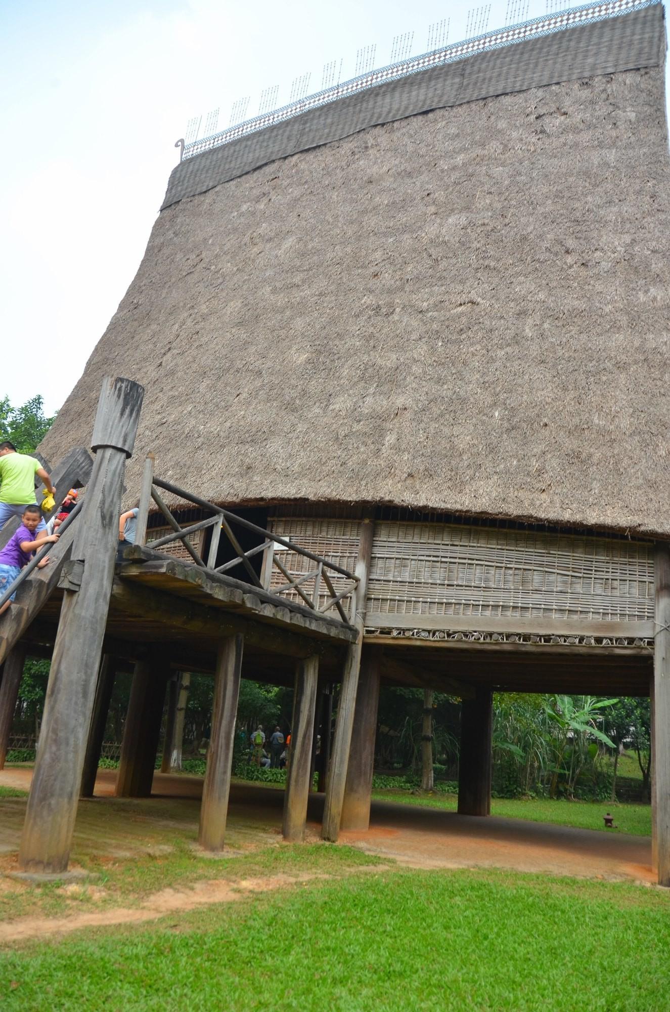 casa palha etnia bahar museu etnografia etnologia hanoi vietnam