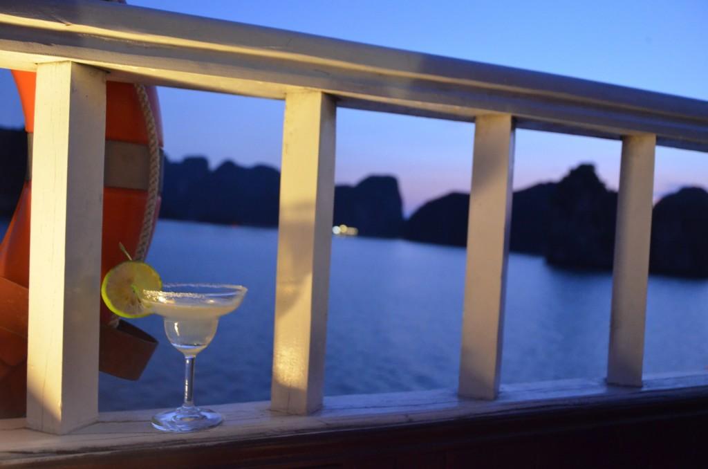 marguerita drink barco mar halong bay vietnam