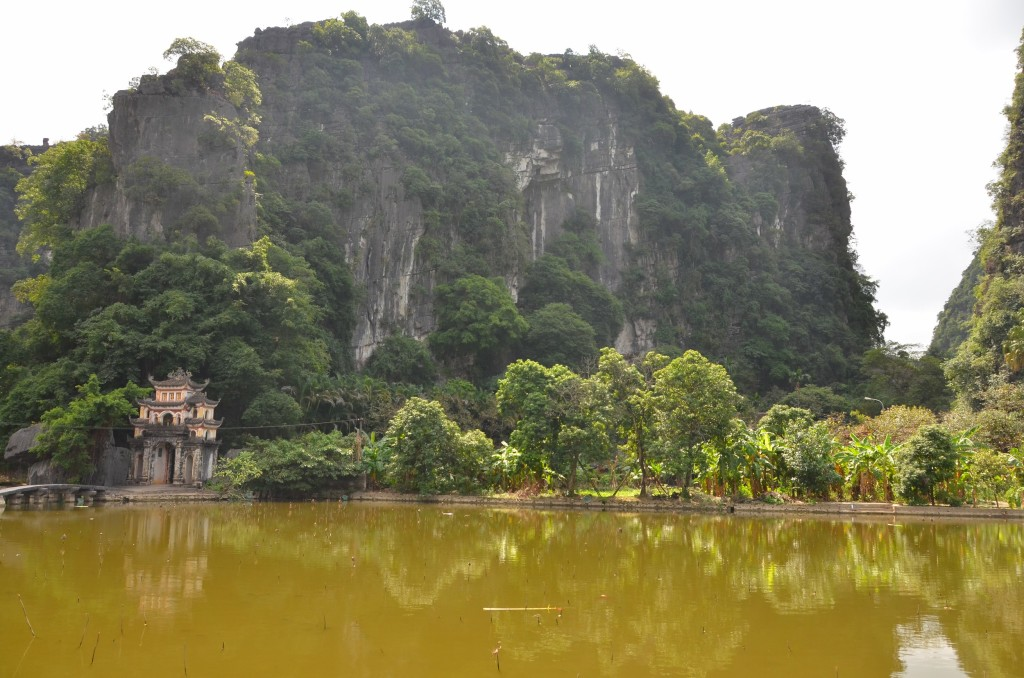 Bich Dong, pagoda, templo budista, vietnam, tam coc