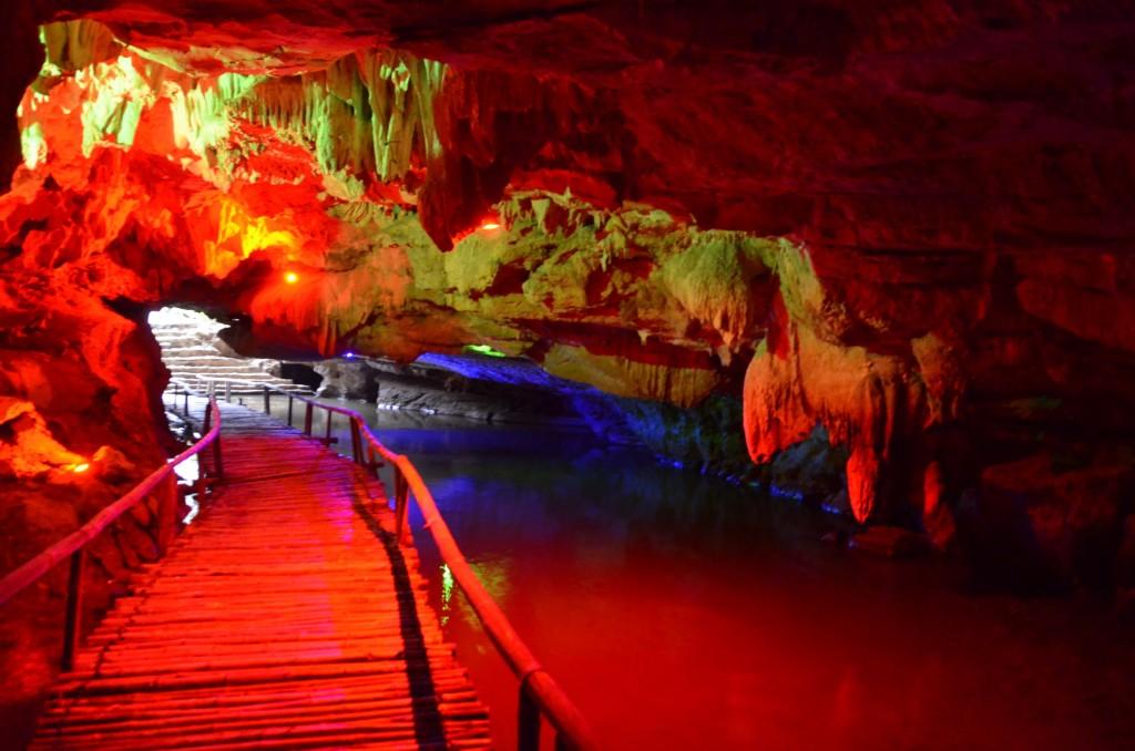 caverna, tam coc, passarela, rio, vietnam