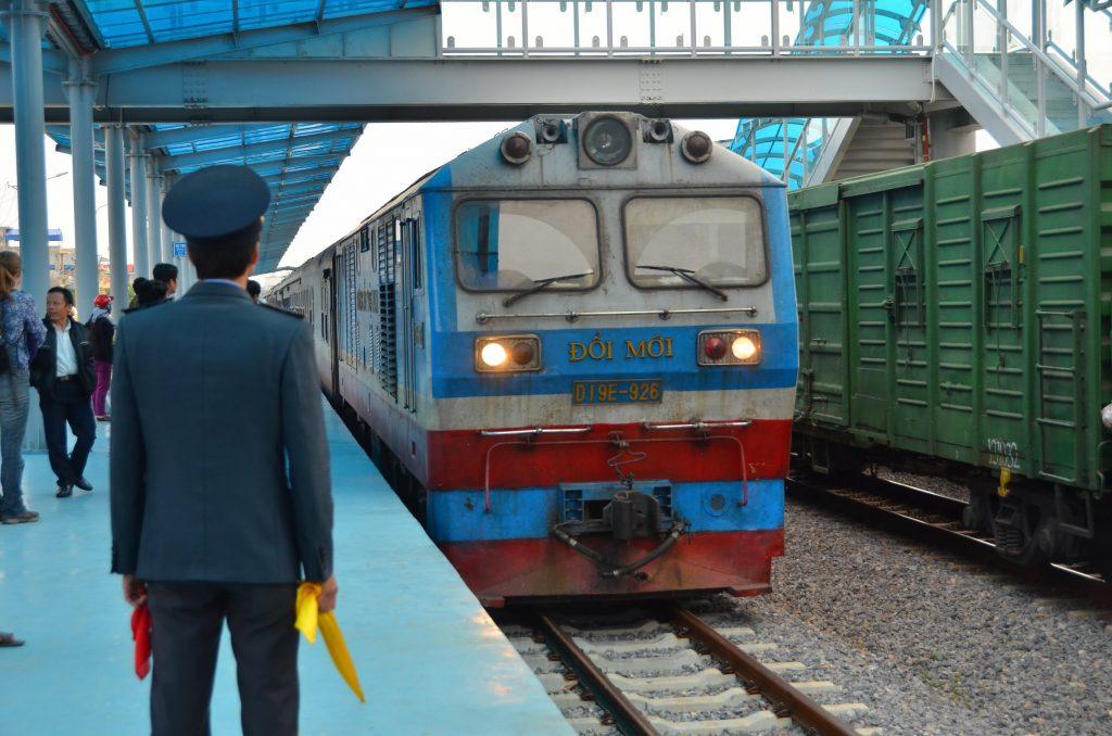 tre, vietnam, estação de trem,