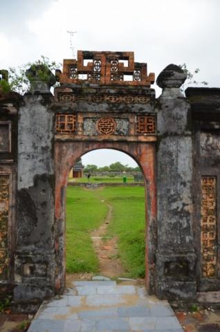 citadela, Hué, marcas da guerra, guerra do Vietnam, guera da opressão americana, cidade imperial, vietnam