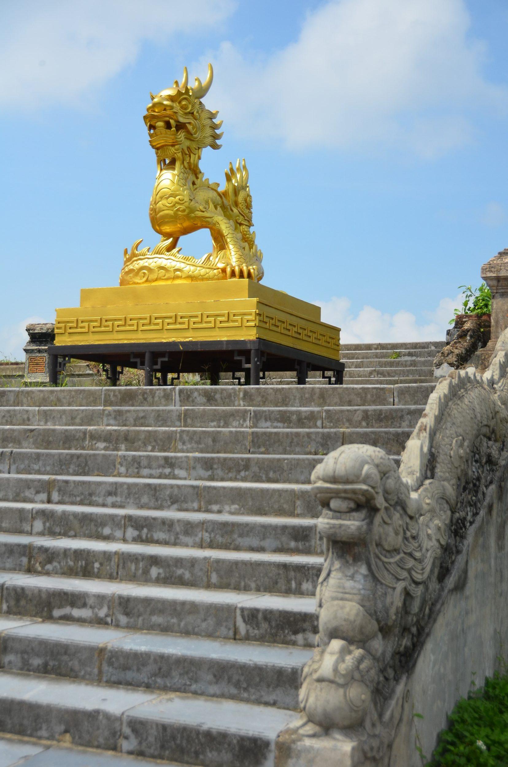 citadela, cidade imperial, Hué, vietnam, dragão dourado
