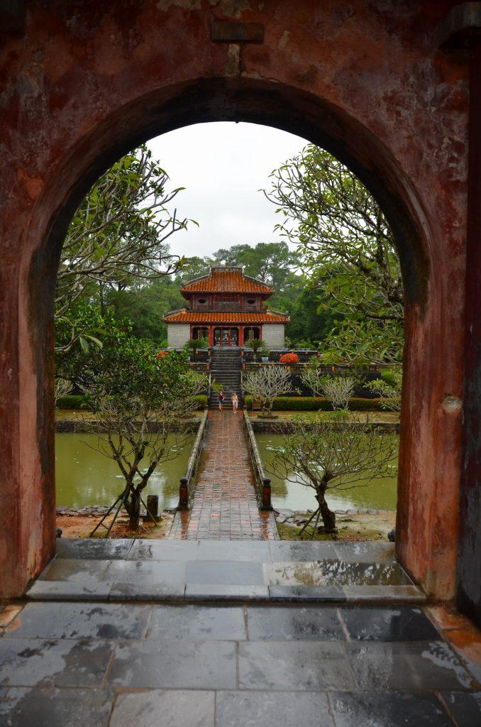 mausoléu, vietnam, hué, ming manh
