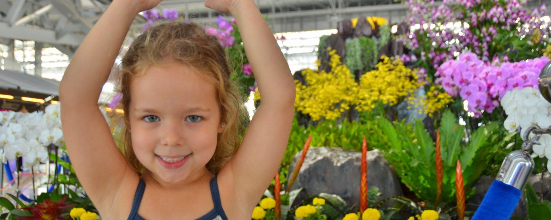 criança, flores, fala, engraçada, humor